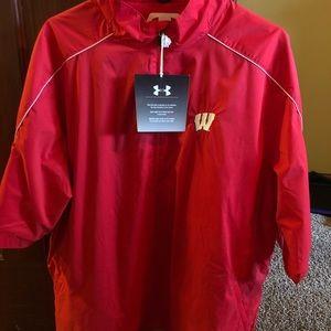 Mens Wisconsin Badger wind breaker L Brand New!